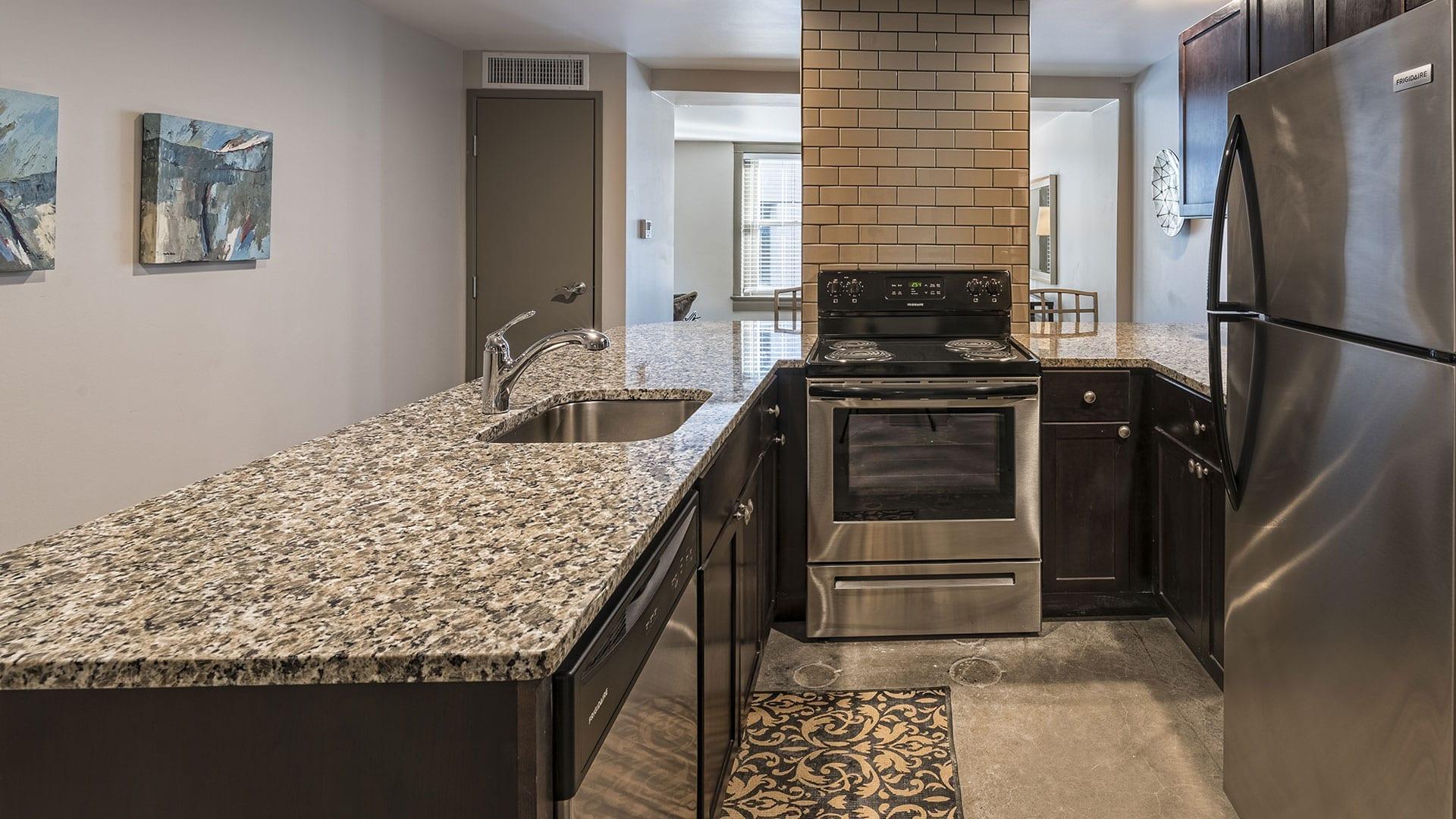 The New Yorker Kansas City Apartments Kcloftcentral