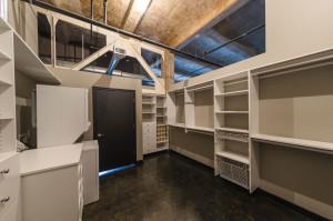 609_stuart_hall_closet