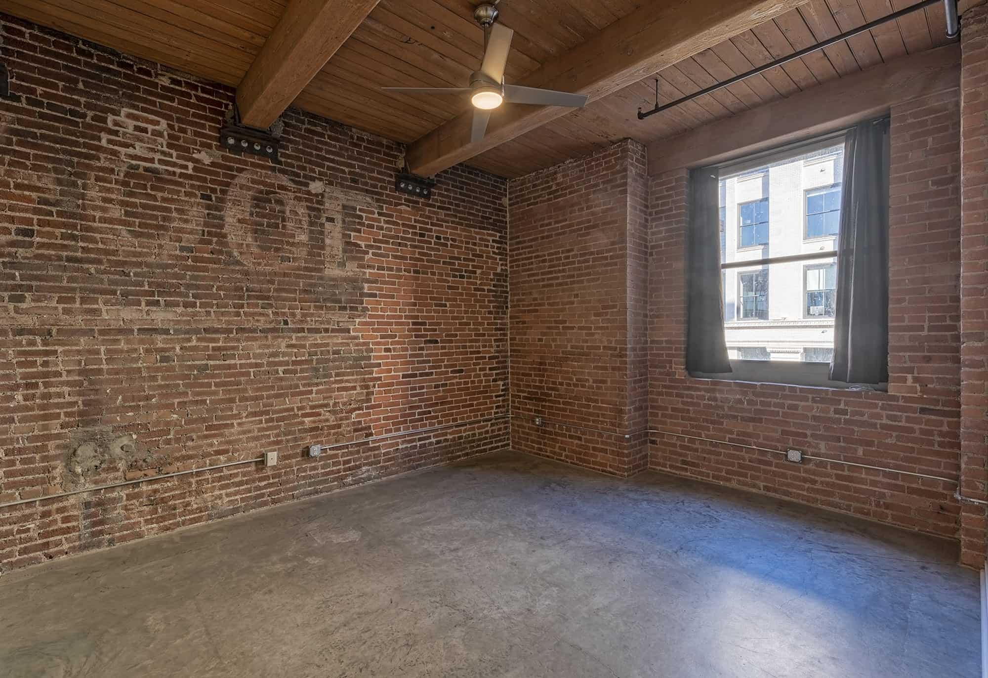 Personality Galore: The Brick Walls of Lofts in Kansas City Offer Lots of Potential